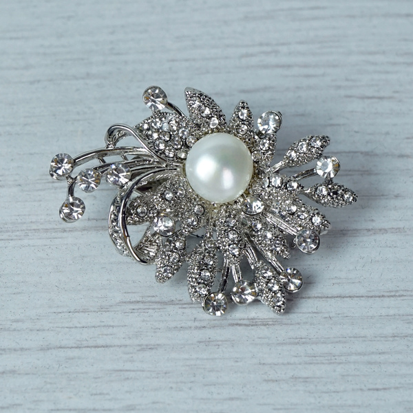 Diamante Brooch with Pearl