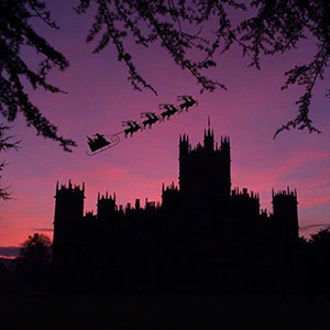 Evening Castle Tours, Champagne & Gifts. December 2020