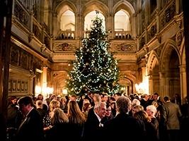 Evening Tours, Champagne & Carols. 11/17 December