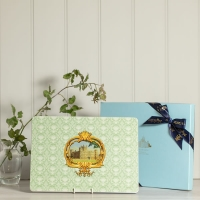 Boxed Set of Place Mats